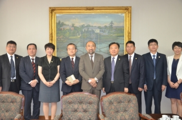 Xiamen University pushes on the cooperation with universities in Japan and Korea