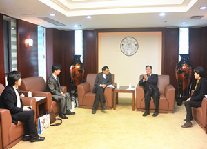 President of Taiwan Ocean University visits Xiamen University